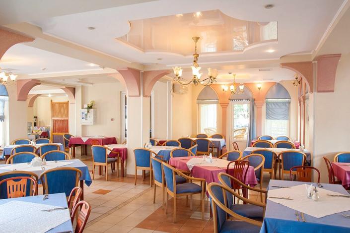 Ресторан отеля 1001 ночь