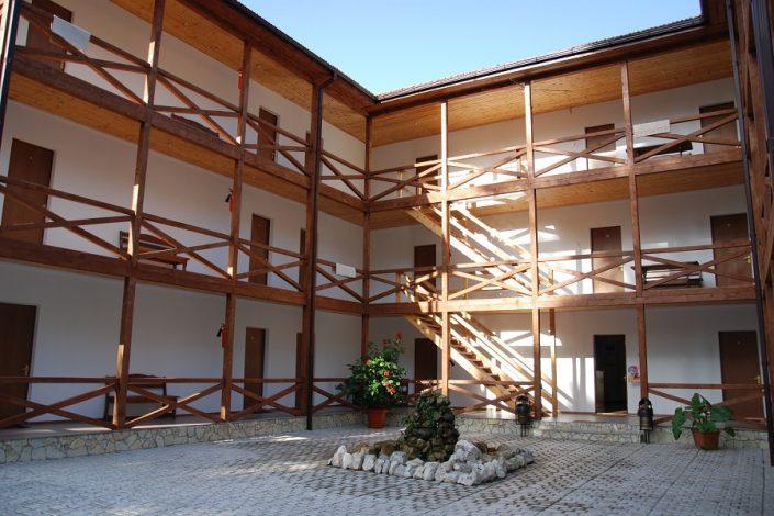 Главный корпус отеля Абаата, Гагра, Абхазия