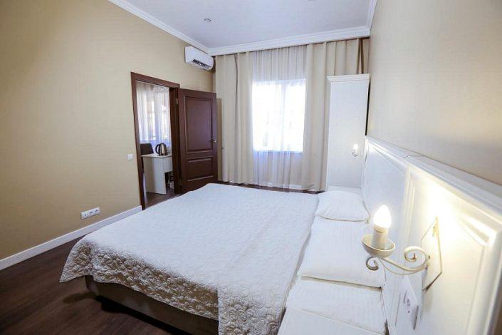 Люкс двухкомнатный в Приморском корпусе отеля Абаата