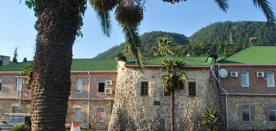 Гостиница Абхазия, Новый Афон