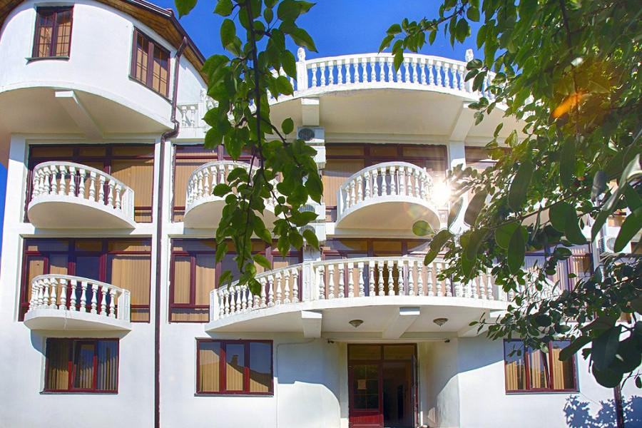 Мини-гостиница Абхазия, Гагра