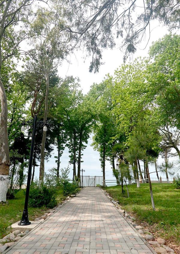 Территория гостевого дома Агудзера