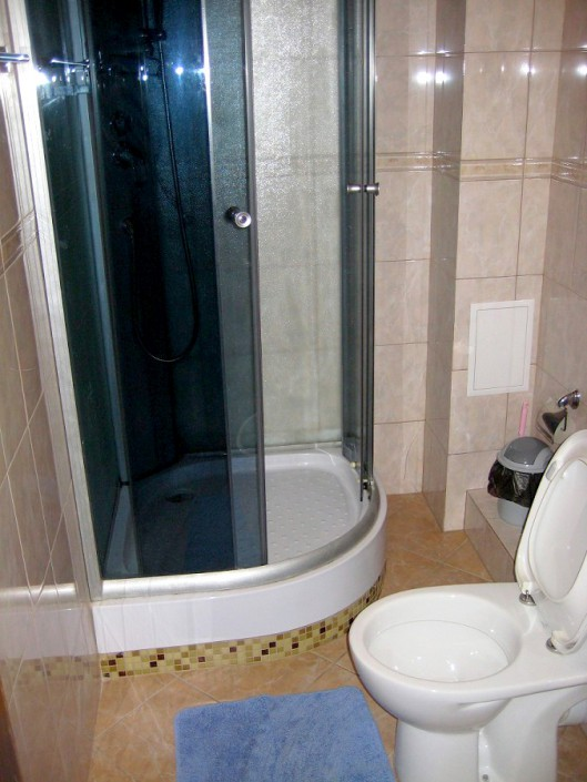 Туалетная комната в номере пансионата Аибга, Гагра, Абхазия