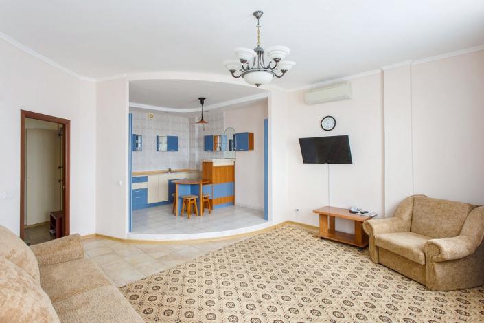 Люкс двухместный двухкомнатный в Морском корпусе санатория Ай-Даниль