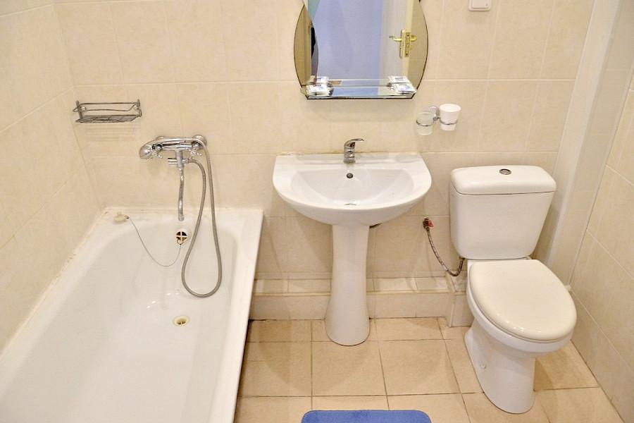 Туалетная комната номера Джуниор Сюит в Корпусе 11 санатория Ай-Петри