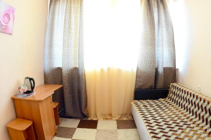 Стандартный двухкомнатный номер с кондиционером в Корпусе 2 санатория Ай-Петри