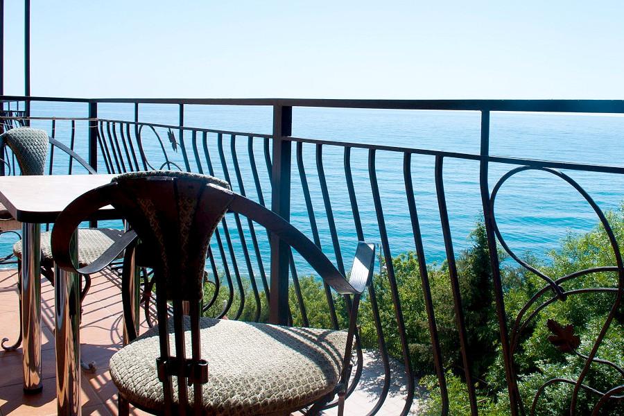 Балкон номера Стандарт в Корпусе 1 отеля Ай-Тодор
