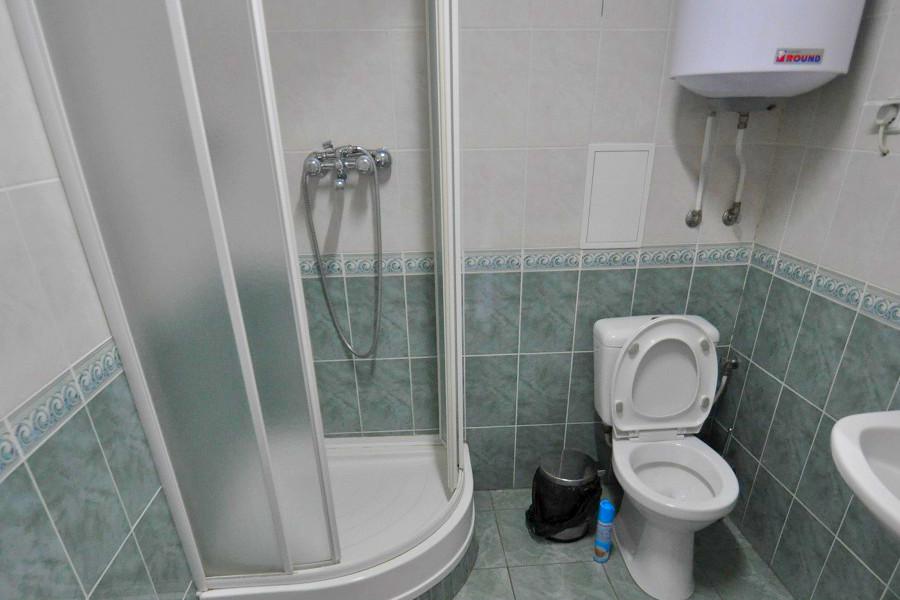 Туалетная комната номера Полулюкс двухуровневый в Корпусе 1 отеля Ай-Тодор