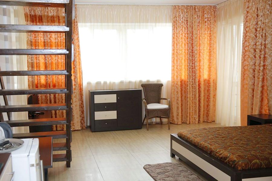 Полулюкс трехместный двухуровневый в Корпусе 2 отеля Ай-Тодор