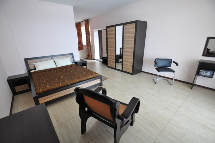 Люкс Студия двухместный в Корпусе 2 отеля Ай-Тодор