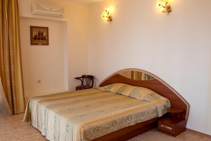 Люкс трехместный двухкомнатный в Корпусе 1 отеля Ай-Тодор