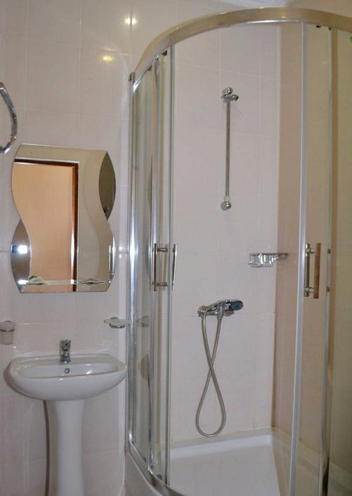 Туалетная комната номера Стандарт пансионата Ай-Тодор-Юг
