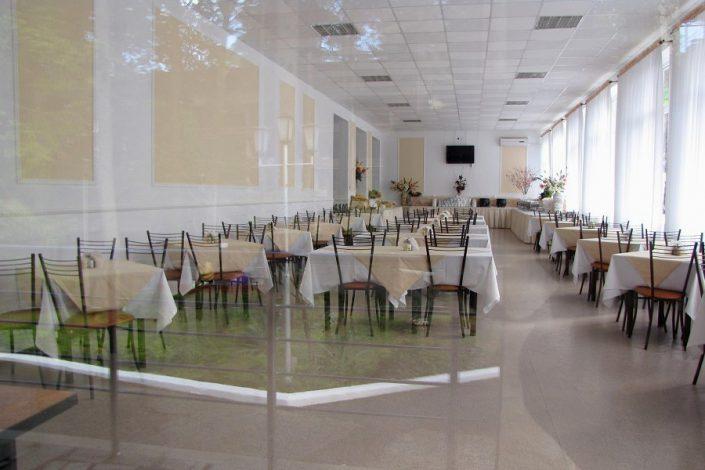 Столовая пансионата Айтар