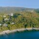 Вид на территорию и пляж санатория Айвазовское