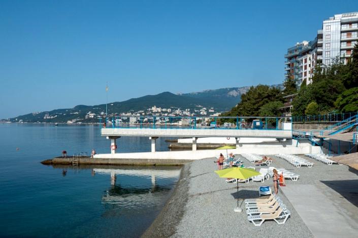 Пляж парк-отеля Актер