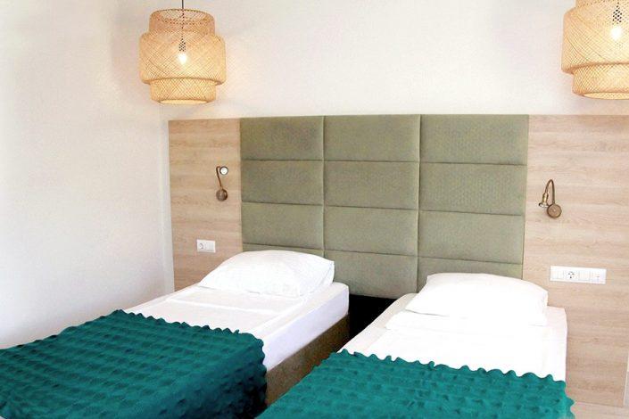Стандартный двухместный номер отеля Аквамарин, Гагра