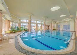 Крытый бассейн санатория Аквамарин