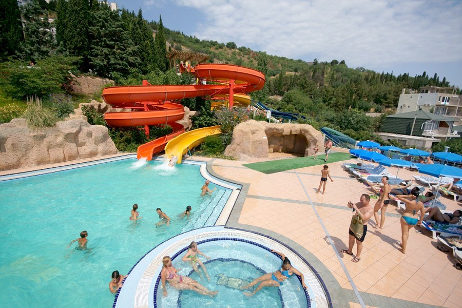 Аквапарк курортного комплекса Миндальная роща