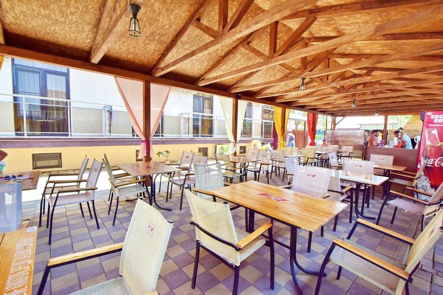 Кафе отеля Акварель Family