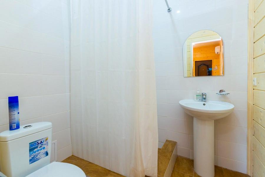 Туалетная комната Стандартного номера отеля Al Mare