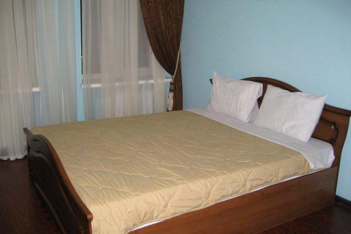 Стандартный двухместный номер отеля Александрия, Сухум, Абхазия