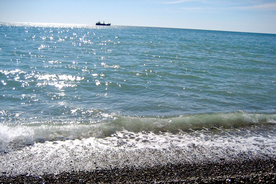 Море в Сухуме