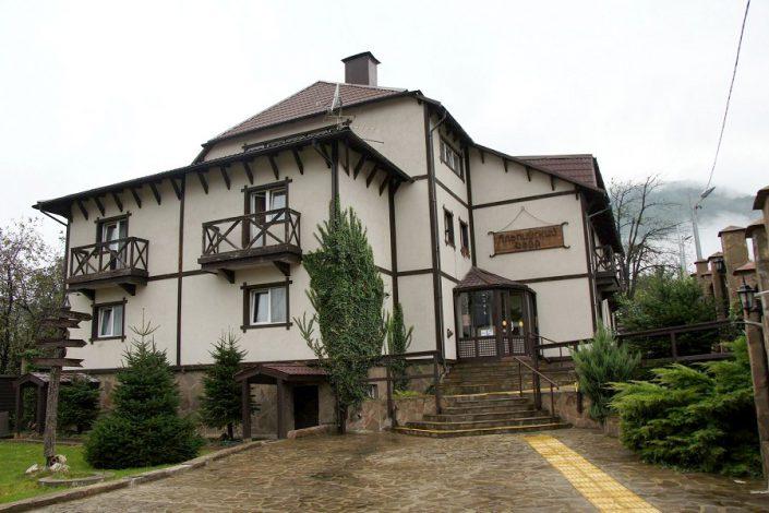 Отель Альпийский двор, Красная Поляна, Сочи