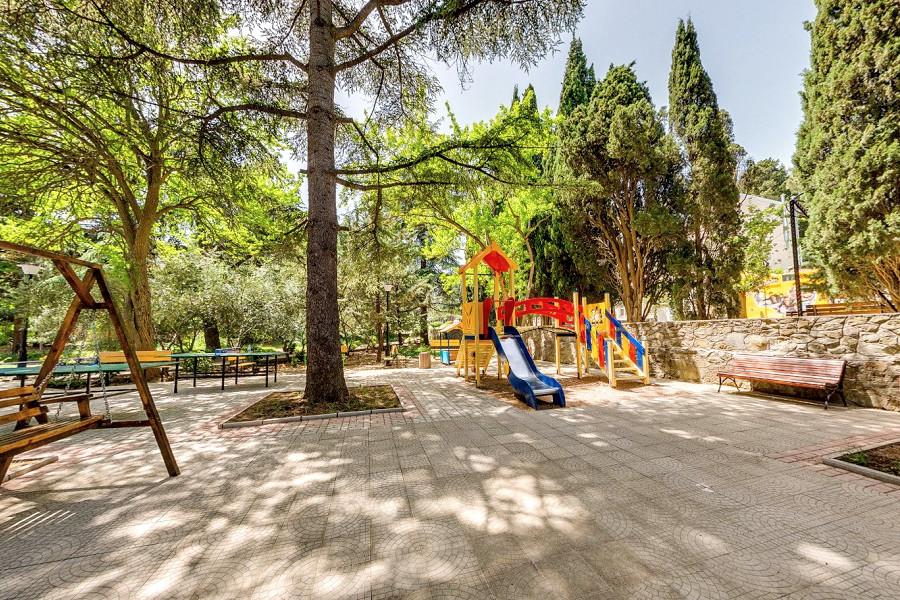 Детский городок санатория Алушта