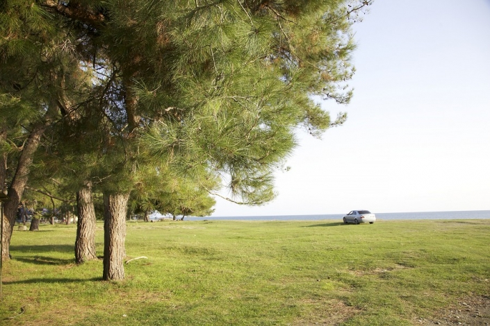 Территория между гостевым домом и пляжем