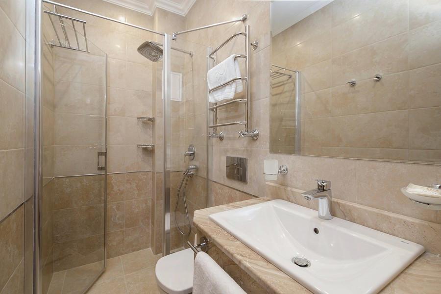 Туалетная комната Стандартного номера в Корпусе № 1 Amra Park Hotel