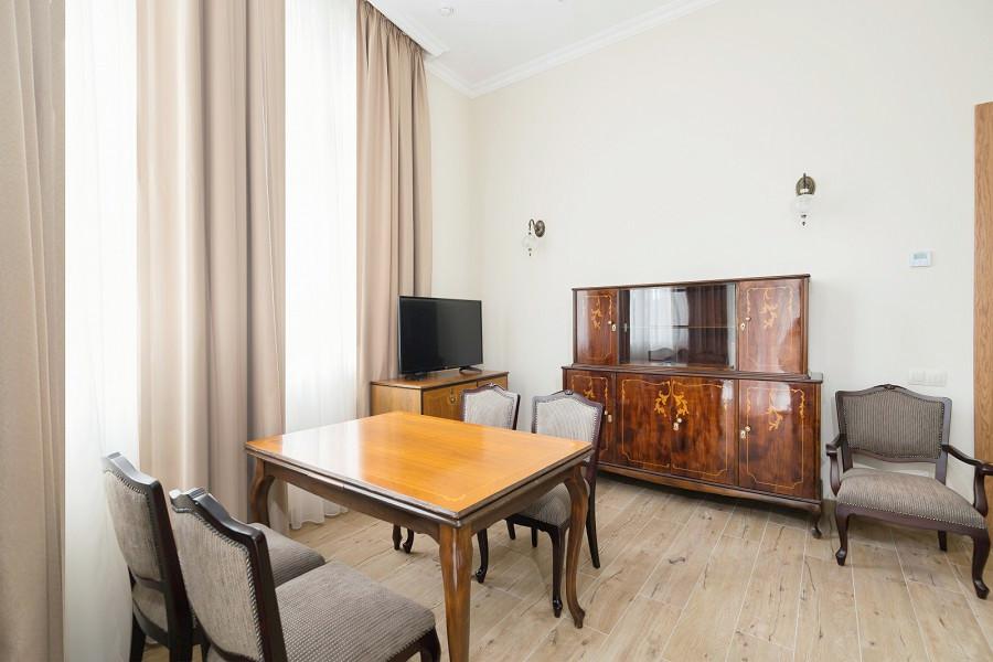 Апартаменты четырехместные трехкомнатные в Корпусе № 1 Amra Park Hotel