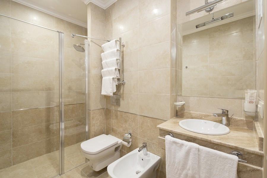 Туалетная комната Апартаментов в Корпусе № 1 Amra Park Hotel