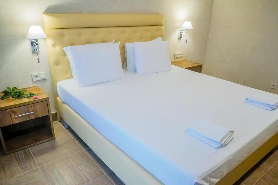 Стандартный двухместный номер Amza Park Hotel