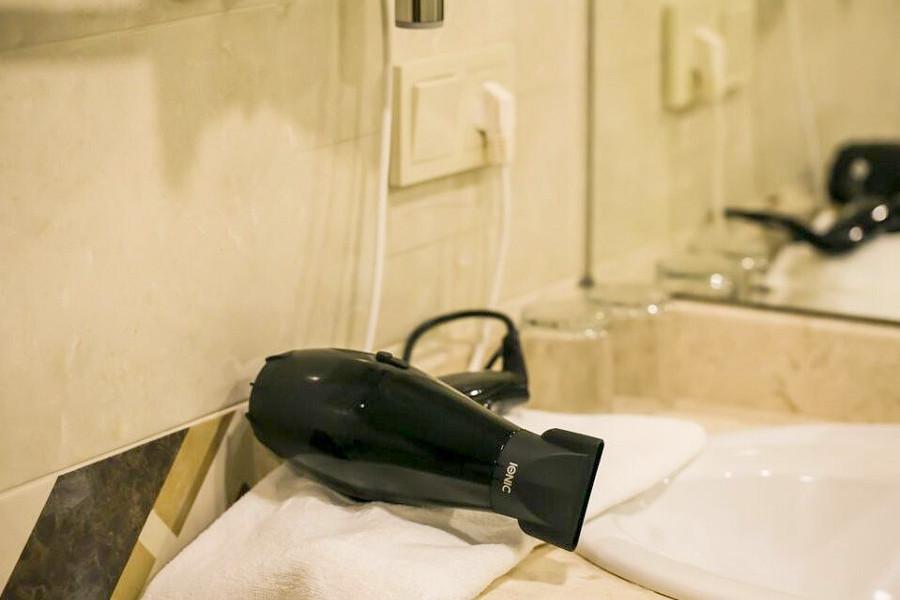 Туалетная комната Стандартного номера Amza Park Hotel