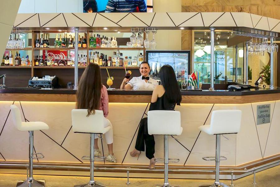Лобби-бар Amza Park Hotel