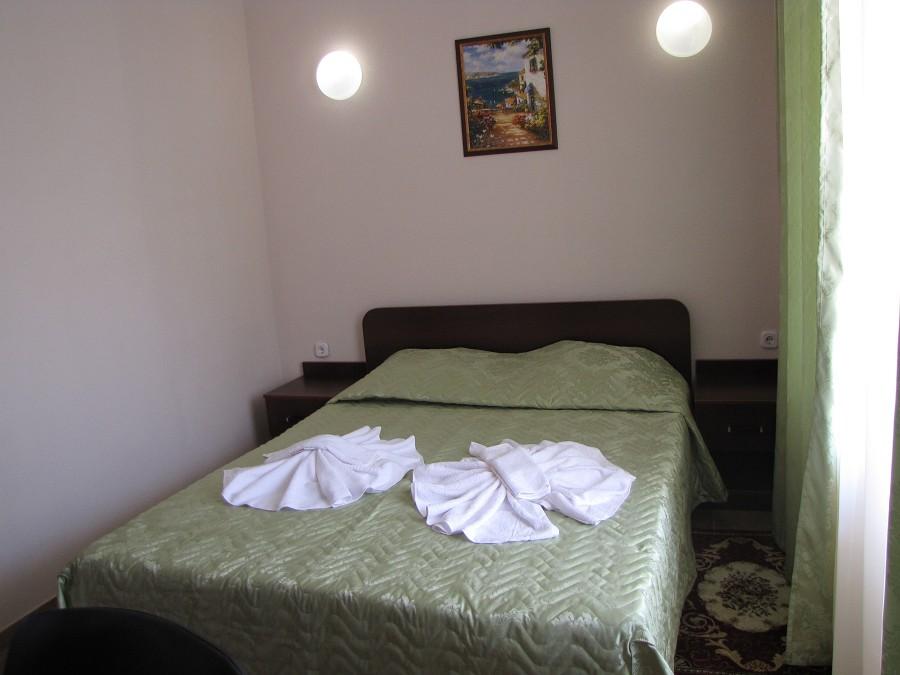 Стандартный 2-местный номер в 3-этажных корпусах №1 и №2 отеля Анакопия Клаб, Абхазия, Новый Афон, Приморское