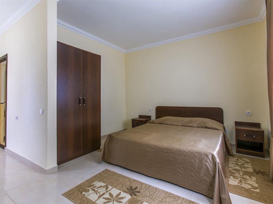Номер повышенной комфортности в 2-этажном коттедже отеля Анакопия Клаб, Абхазия, Новый Афон, Приморское