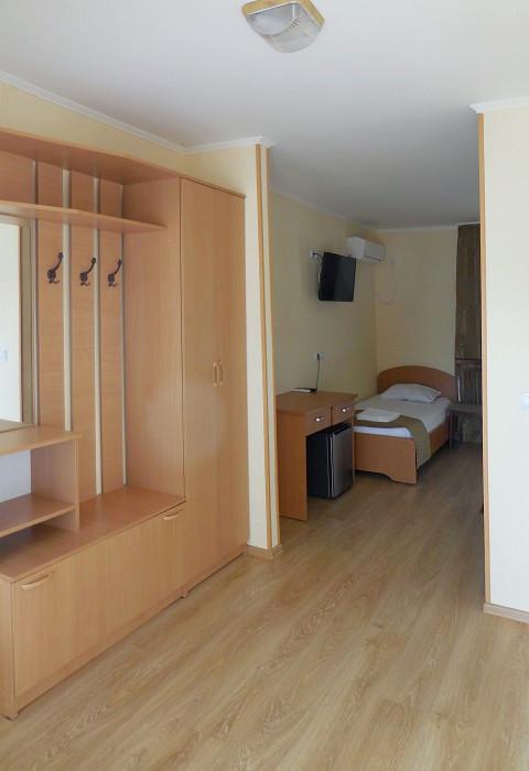 Стандарт Плюс 3-местный в коттедже на 4 номера отеля Анакопия Клаб, Абхазия, Новый Афон, Приморское