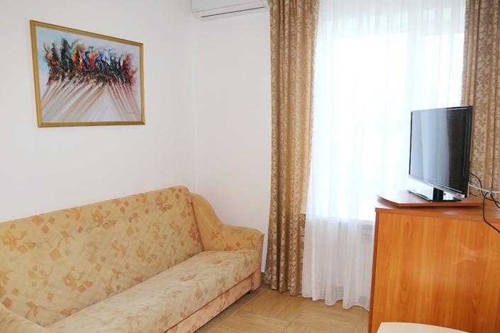 Улучшенный двухместный двухкомнатный в Главном корпусе пансионата Анапа-Лазурная