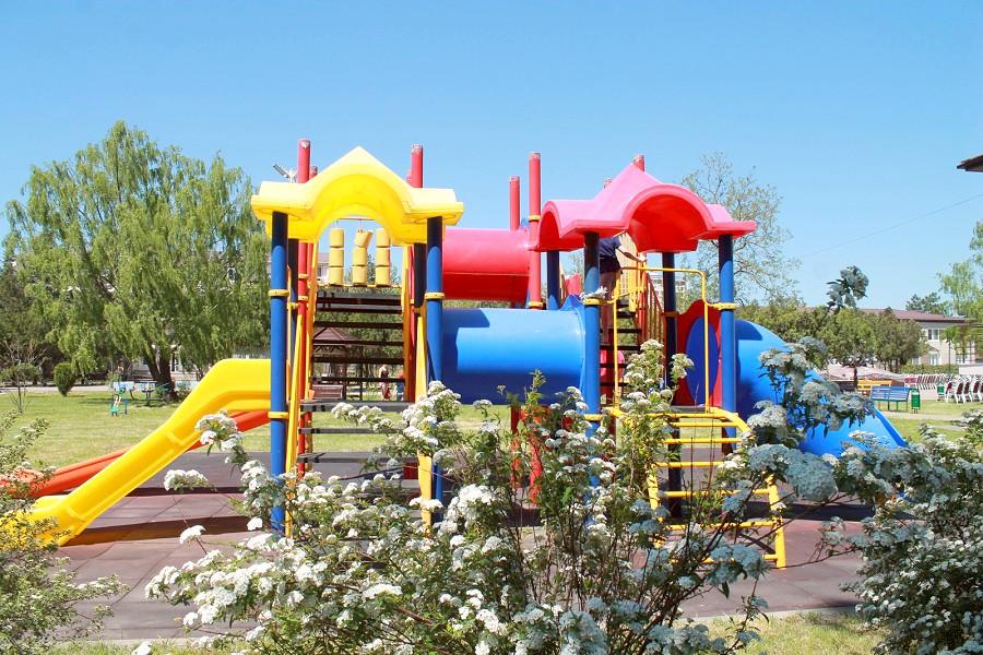 Детская игровая площадка санатория Анапа-Нептун