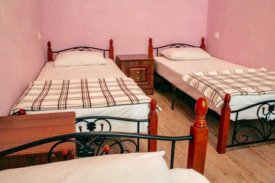 Стандарт трехместный гостевого дома Анна Сария