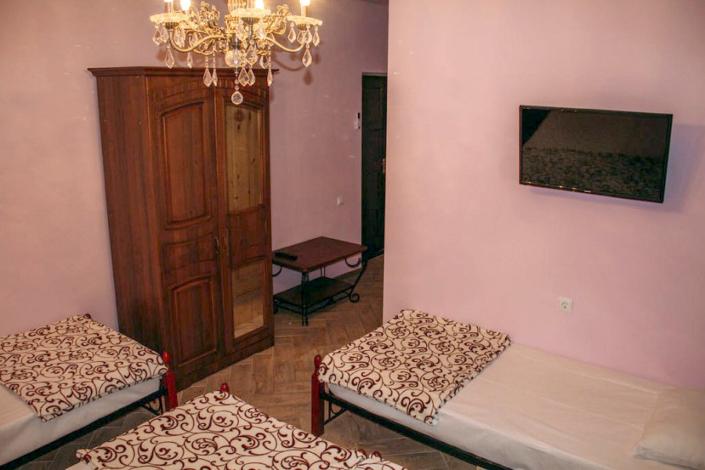 Стандарт четырехместный гостевого дома Анна Сария