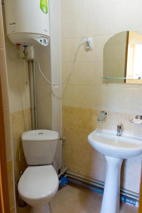 Туалетная комната Стандартного номера гостиницы Апсилаа