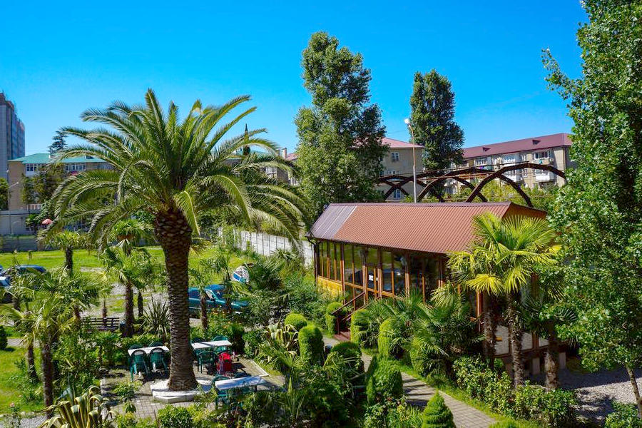 Территория гостиницы Апсилаа