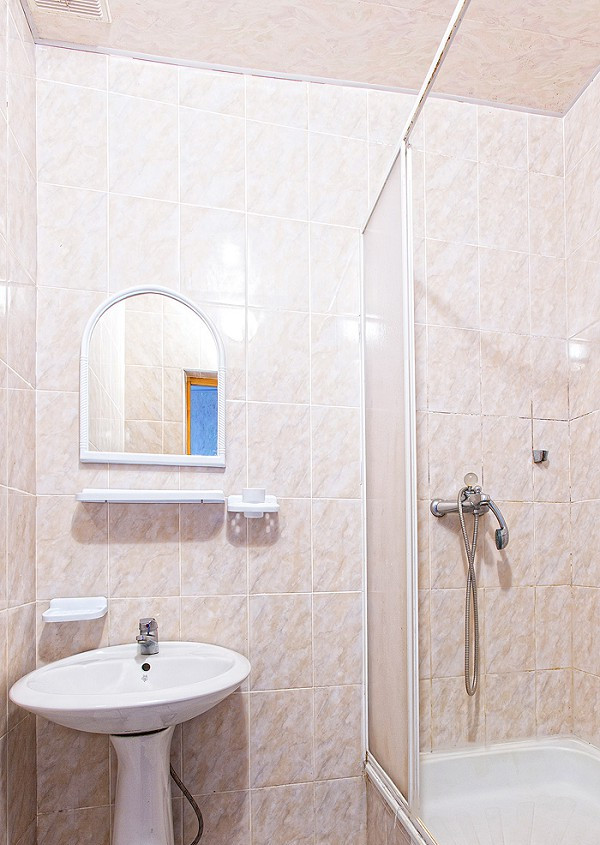 Туалетная комната двухместного номера пансионата Апсны-Абазашта