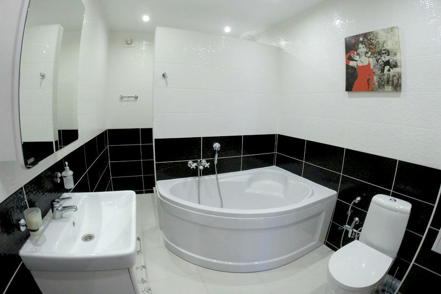 Туалетная комната номера Люкс базы отдыха Апсны