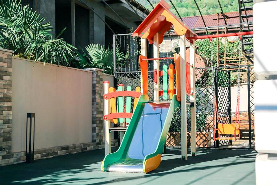 Детская игровая площадка отеля Apsuana Rose