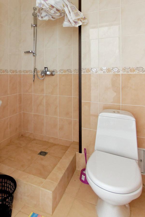 Туалетная комната Стандартного номера пансионата Арбика