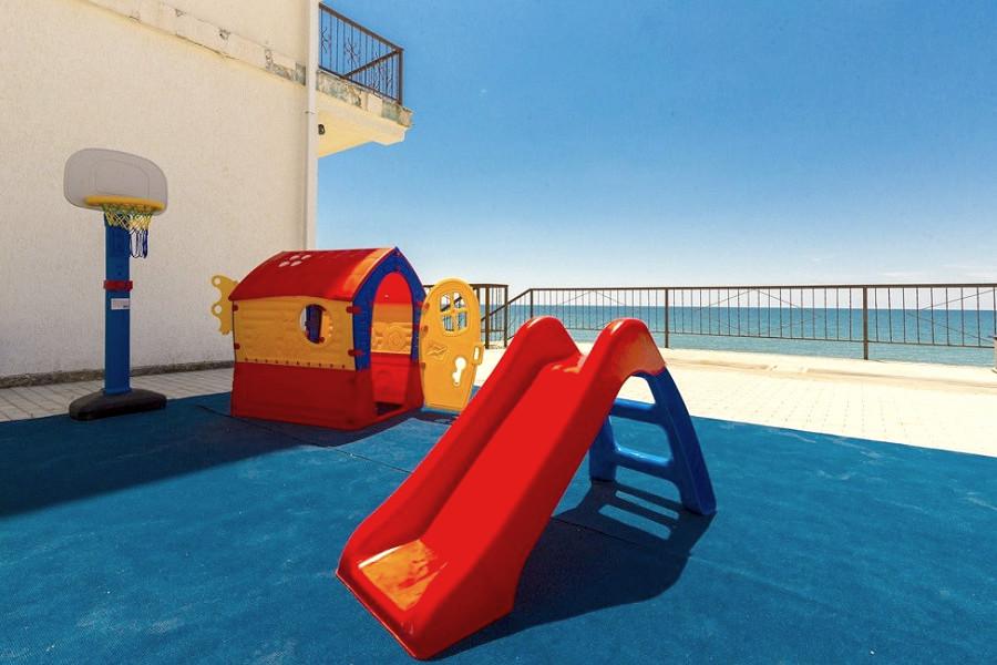 Детская игровая площадка пансионата Арбика