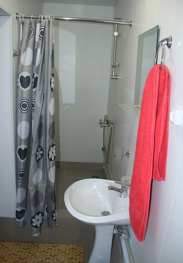 Туалетная комната Стандартного номера гостиницы Арго